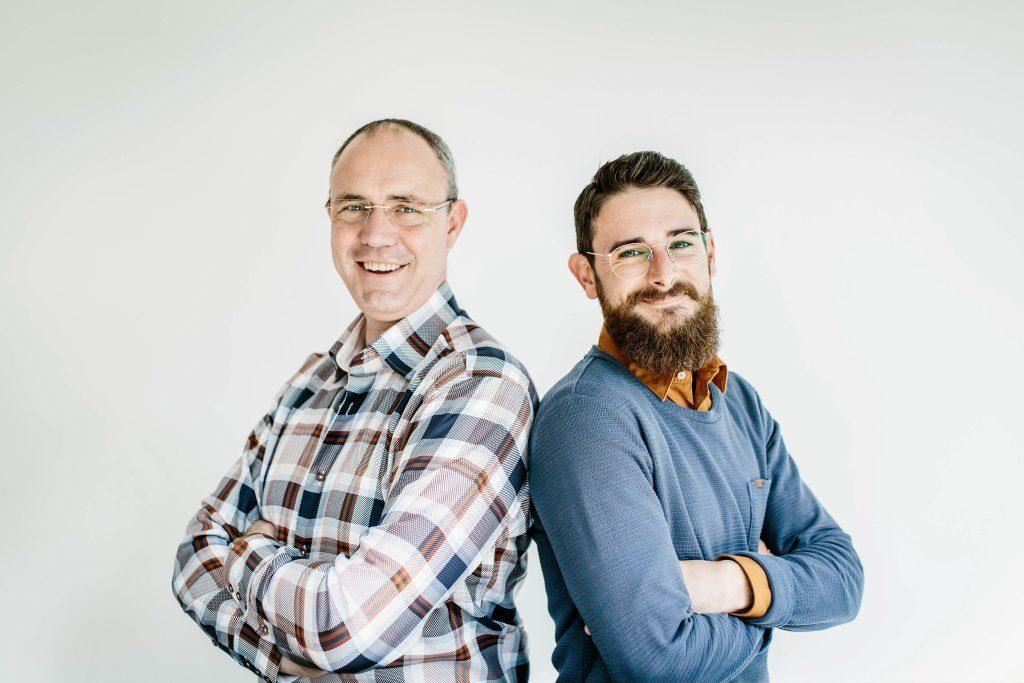 Peter en Manuel Dé Opticiens aan Huis